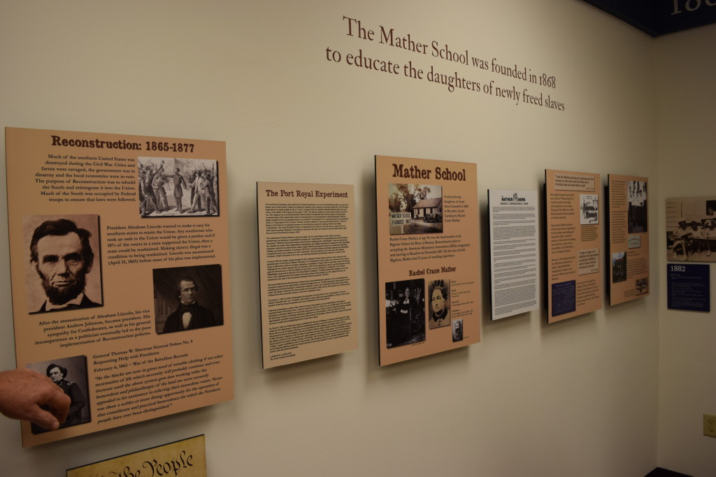 interpretative panels; small museums; museum graphics; museum exhibits